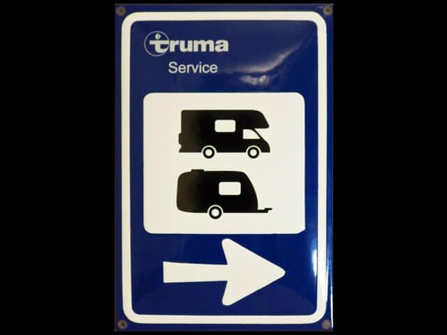 Parkplatz Wohnmobil oder Wohnwagen