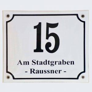 Hausnummer-mit-Straßen-u-Familienname
