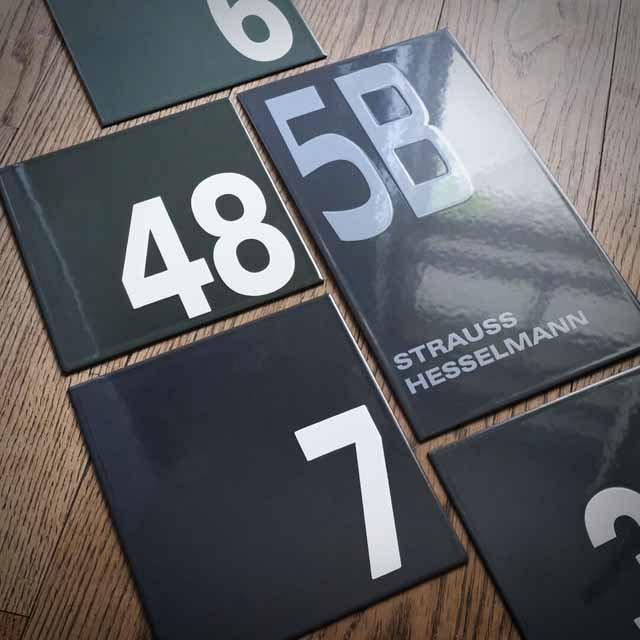 Moderne Hausnummer